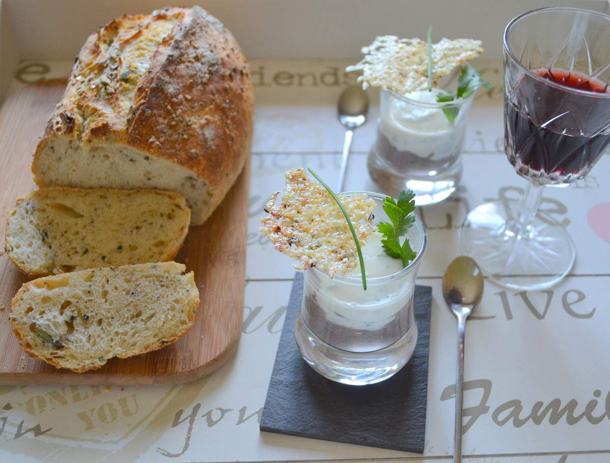 Mini-verrines Haricots noirs-fromage blanc aux herbes