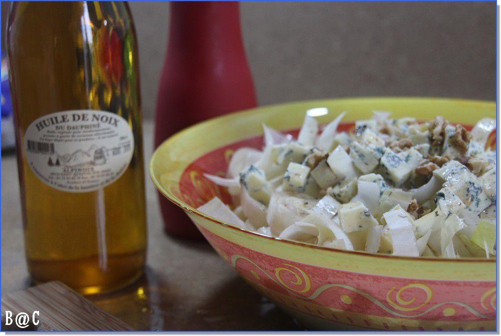 Salade d'endives au bleu de Sassenage et noix de Grenoble