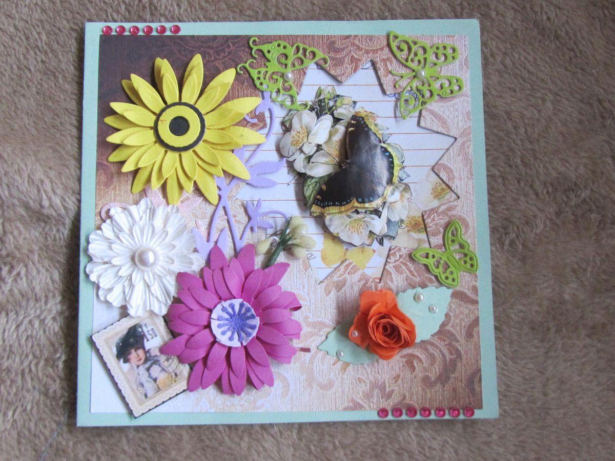 De notre amie Lolo cette superbe carte avec de magnifiques fleurs .