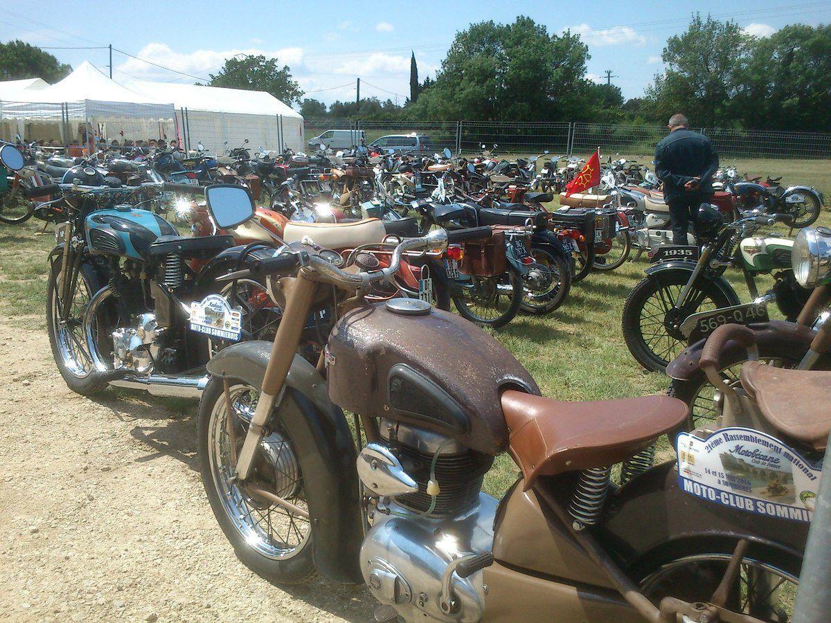 Le Motobécane Club de France à Sommières, mai 2016