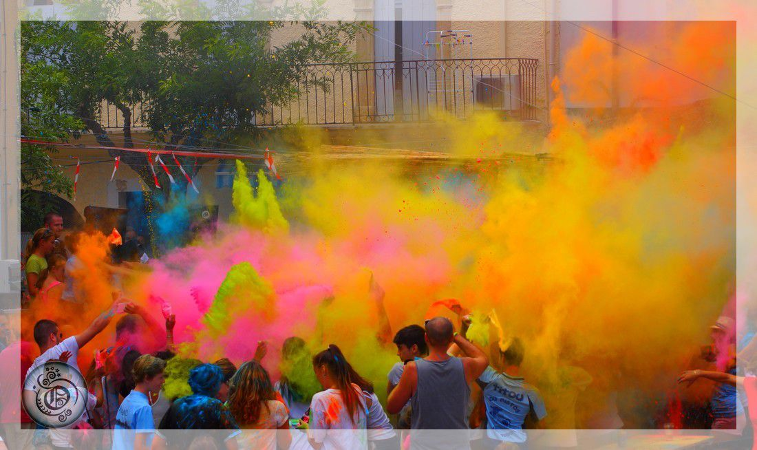 Holi couleur au village