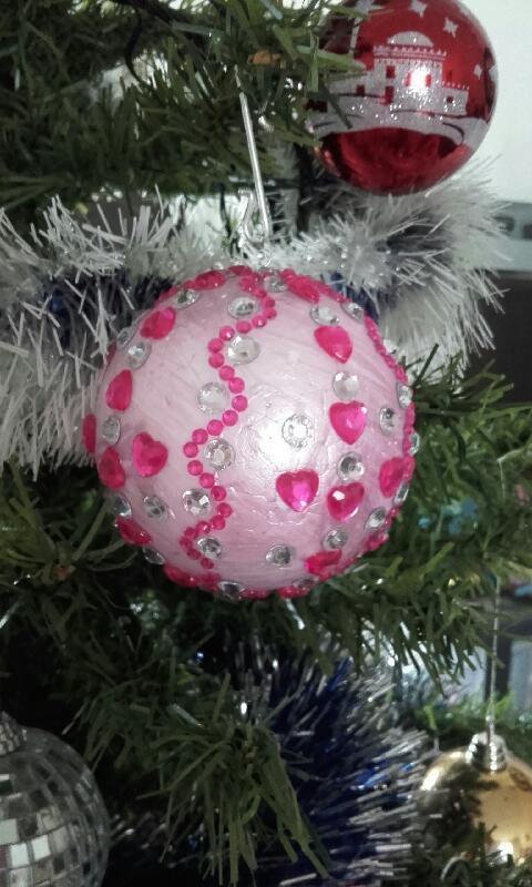 Pour commencer décor d une boule en polystyrène