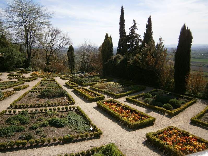 DIMANCHE 14 MAI 2017 - LA GARDE ADHEMAR (Drôme provençale)