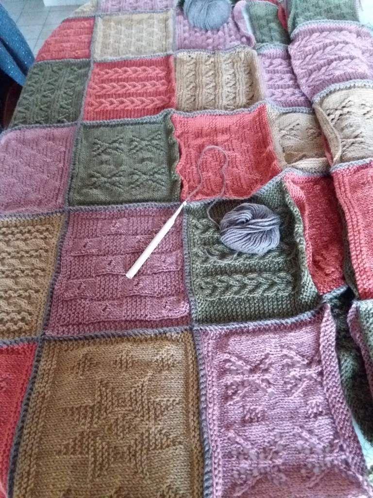Un plaid en tricot...