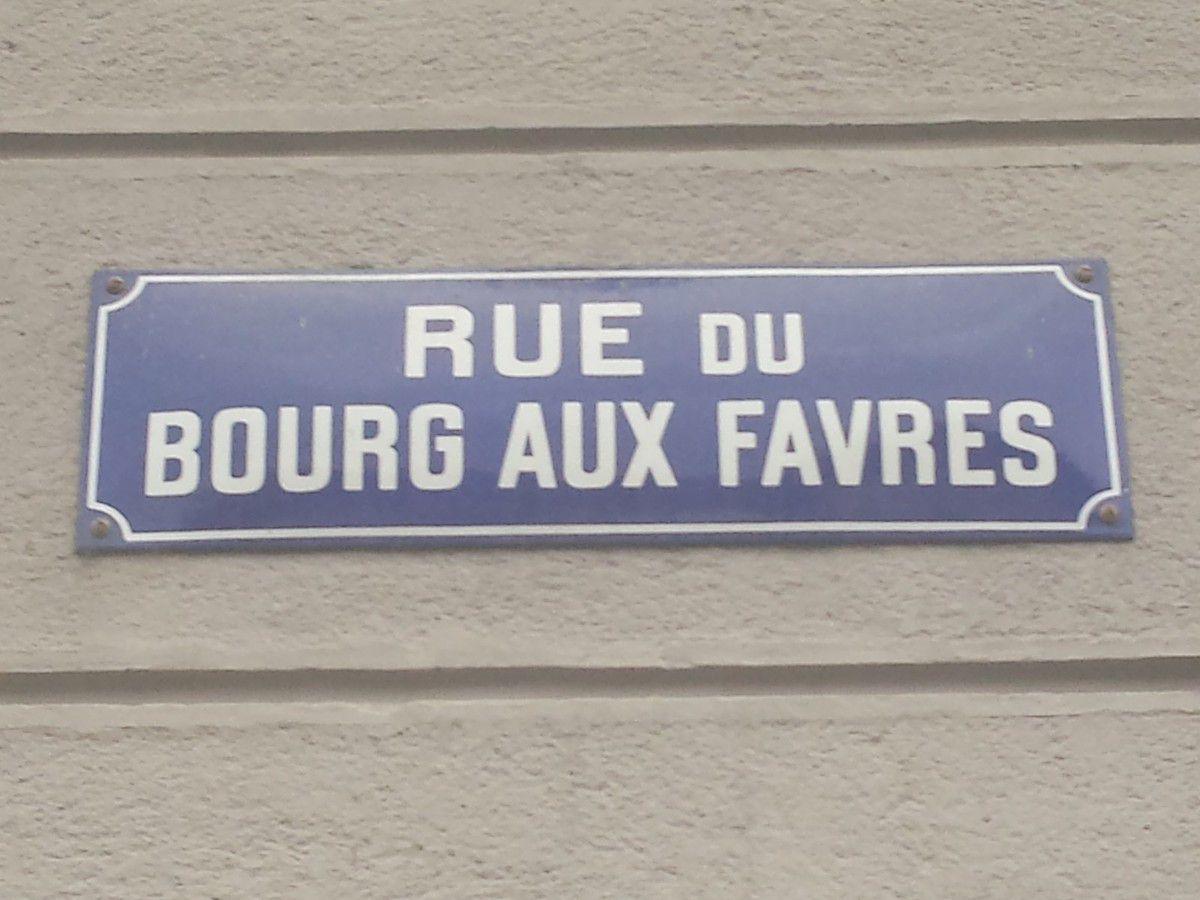 La rue des forgerons attire les coiffeurs