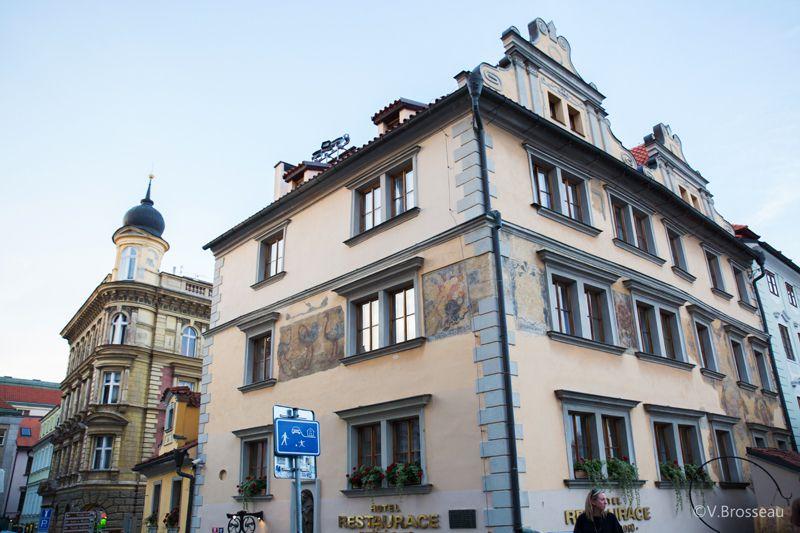Prague - Mala Strana en fin de jounée - bulles et rues