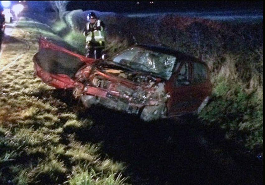 hier soir : deux voitures sont entrées en collision en voulant éviter un tracteur à hauteur de Saumont-la-Poterie.