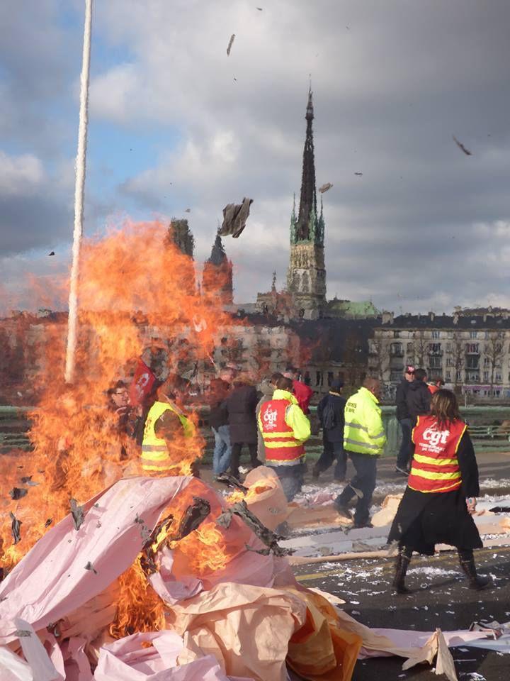 17 février 2015: 1500 manifestants à Rouen pour défendre l'emploi