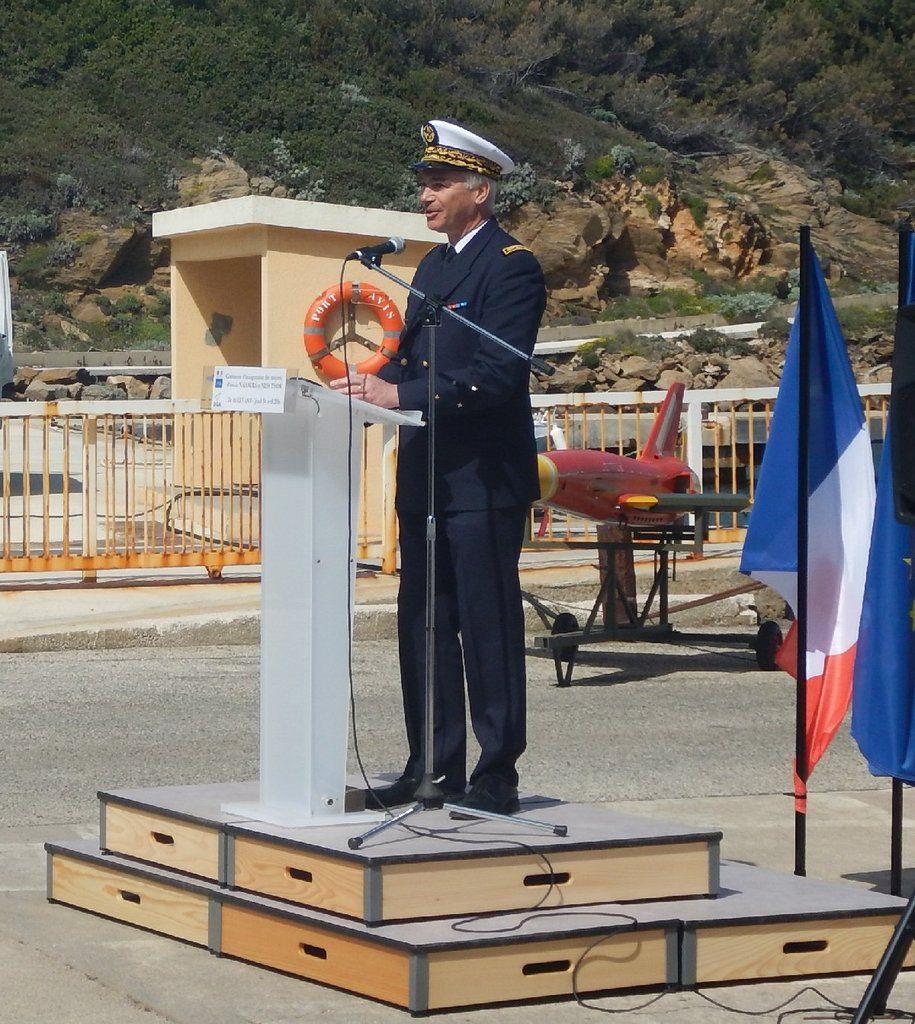L'ingénieur général de l'armement François Coté, directeur de la direction technique d la DGA et l'ingénieur général de l'armement Cécile Sellier, directeur de DGA Essais de missiles