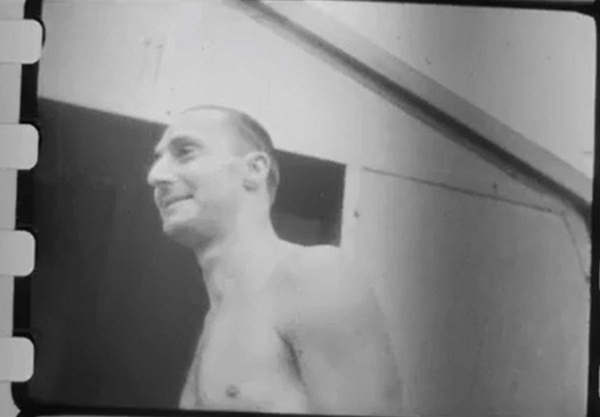 Les Dr Durville dans un photogramme de 1930