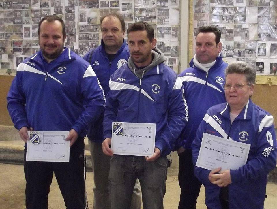 remise des diplômes d'initiateur à Brigitte MOREAU (TCB), Patrice PEREZ (CPB) Antoine DE CARVALHO (TCB) (sur la photo) Nicolas MUGNIER (CPB) et Jérôme DANTIN (Salles Adour).