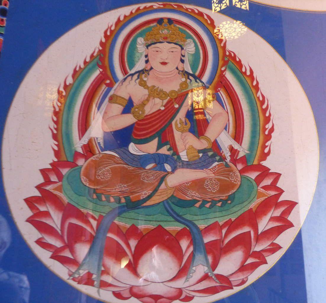 peintures et décoration à l'intérieur de la pagode...