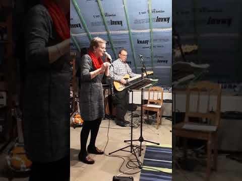 Wilfrid et Martine lors d'une répétition avec les Aubeleys.