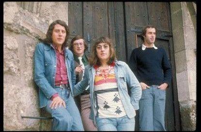 Une photo du groupe à ses débuts