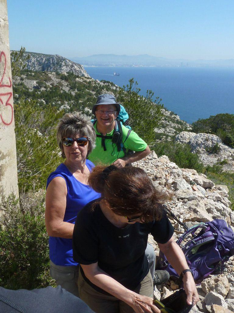 Randonnée extraordinaire , merci Jean Louis ...même si nous n'avons fait que 13 km et si je n'ai pas été obligé de sortir le corde !!!