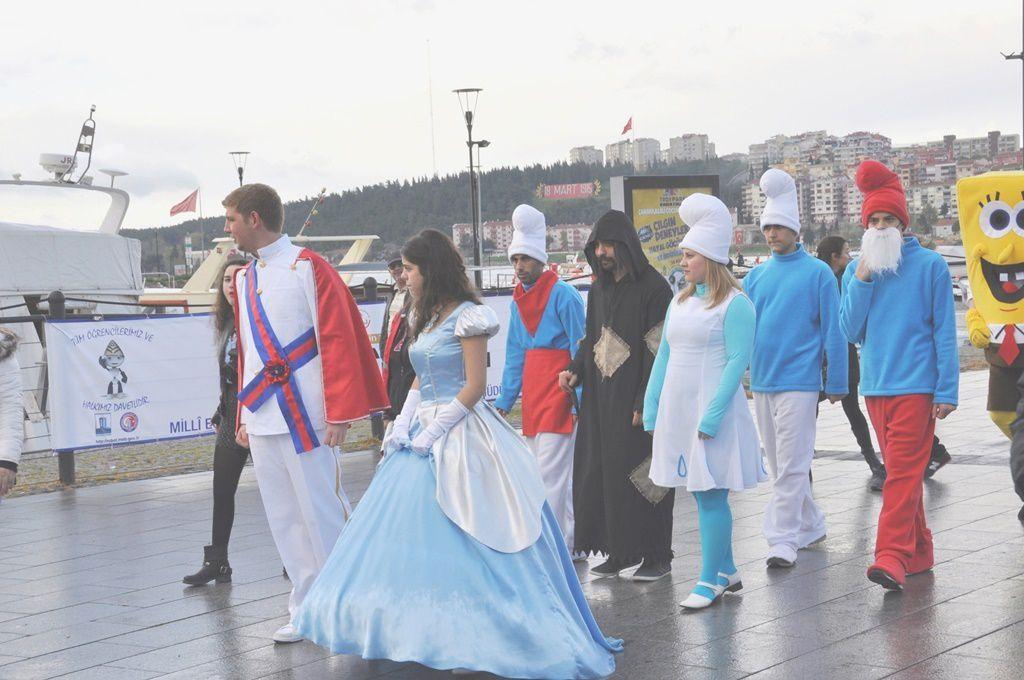 Turquie : j'ai reconnu presque tout le monde dans le défilé