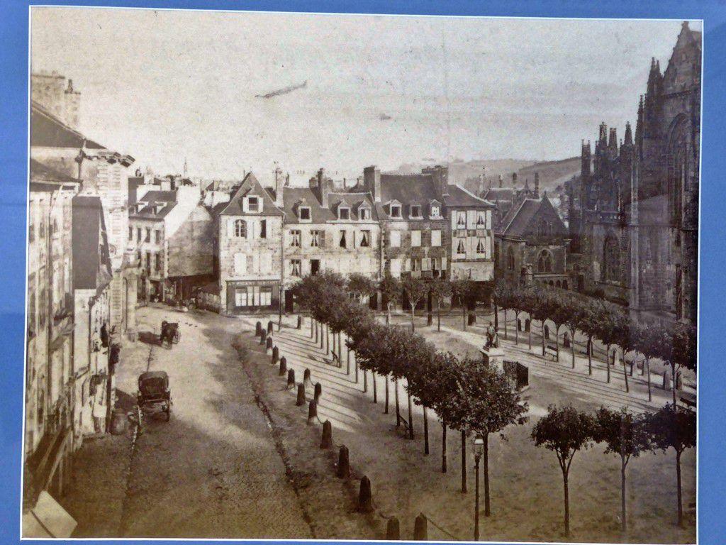 &quot&#x3B; Les fantômes du vieux Quimper &quot&#x3B;, l'exposition des archives municipales à la Maison du Patrimoine