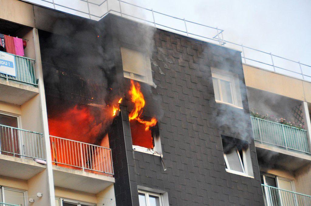 Appartement en feu tour du Béarn à Kermoysan