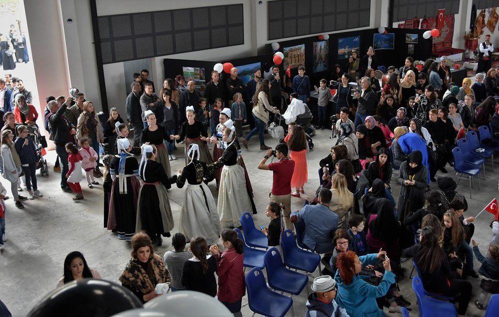 Une très belle fête turco-bretonne aujourd'hui à Quimper