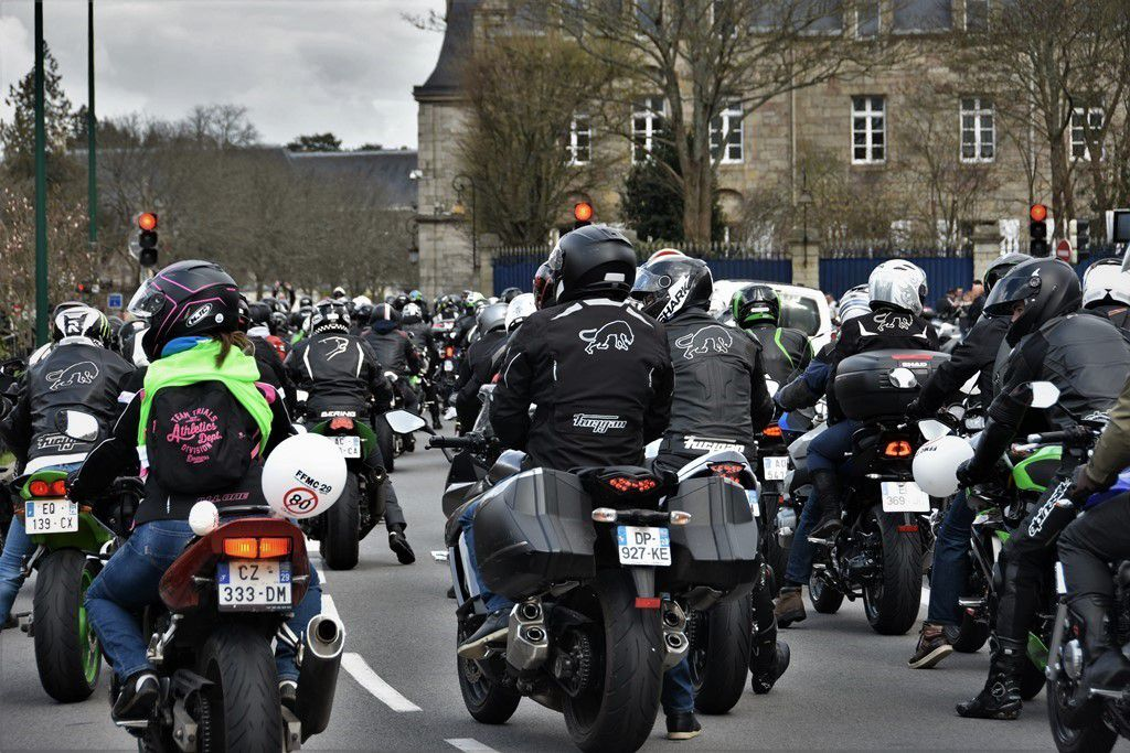les motards la r sistance contre les 80 km h penhars infos quimper. Black Bedroom Furniture Sets. Home Design Ideas