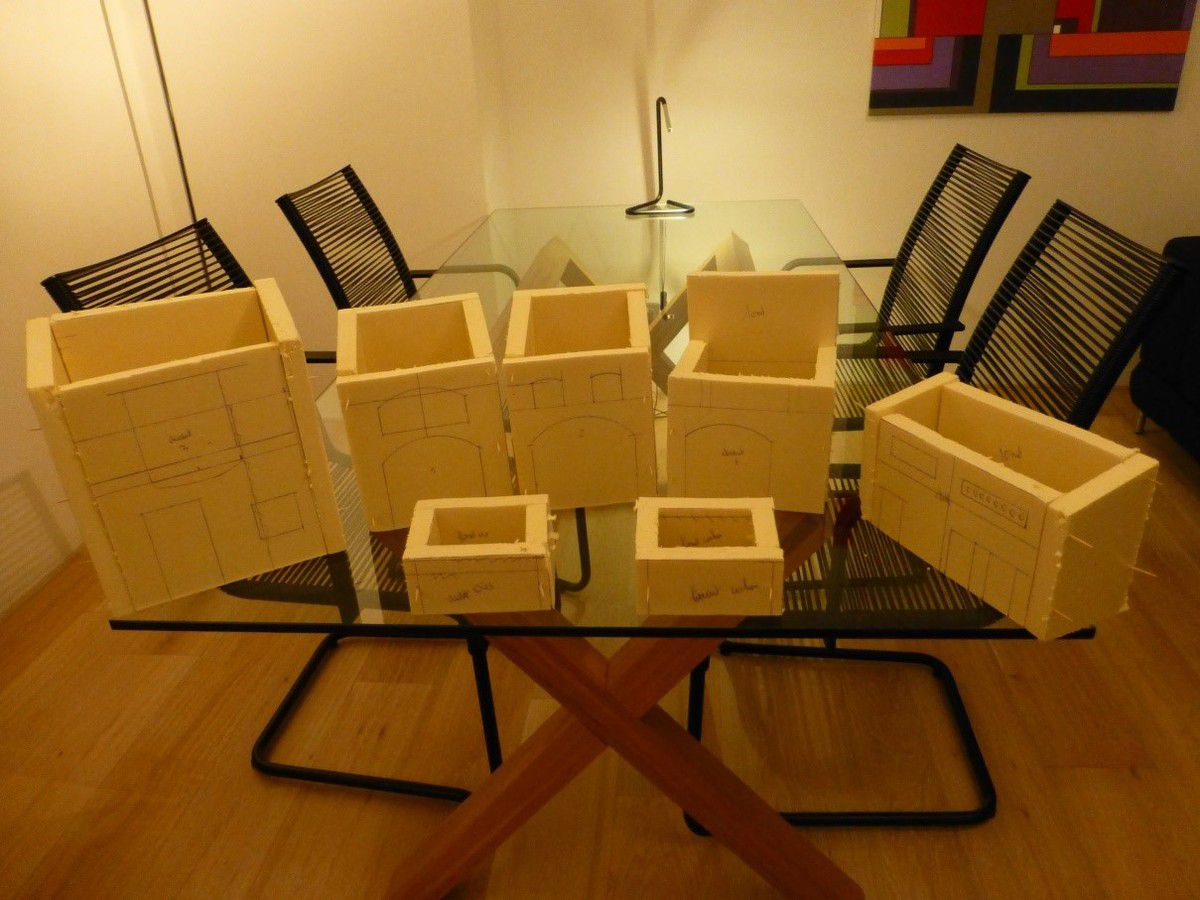 tuto maisons en polystyrene propos par philippe. Black Bedroom Furniture Sets. Home Design Ideas