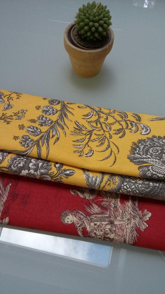 ou ah du peps avec ce joli jaune et de la toile enduite pour des fonds de sacs adaptés à la plage et aussi de jolies bouillottes