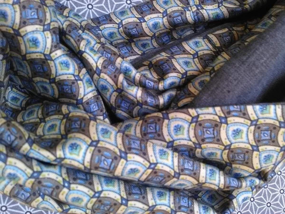 Soie bleue et coton gris très doux