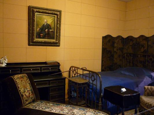 Les chambres de Proust rue Hamelin et à Illiers-Combray