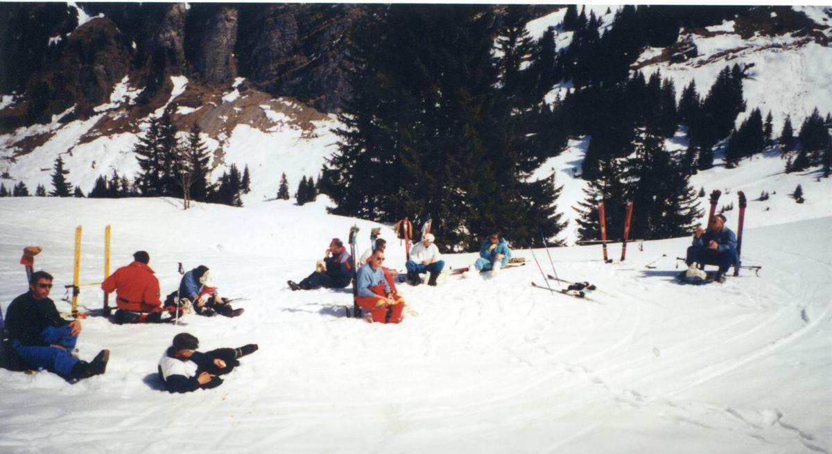 Album - Chantereine, le comité d'établissement, les sports d'hiver à Montalbert, Avoriaz