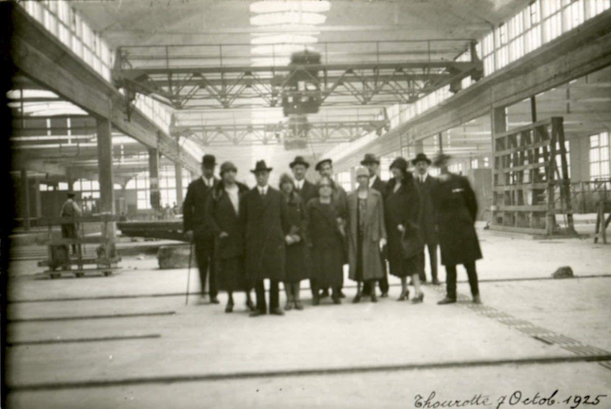 Album - Chantereine, visite à la Glacerie d'une délégation Russe, de Suisse, et une visite en 1925
