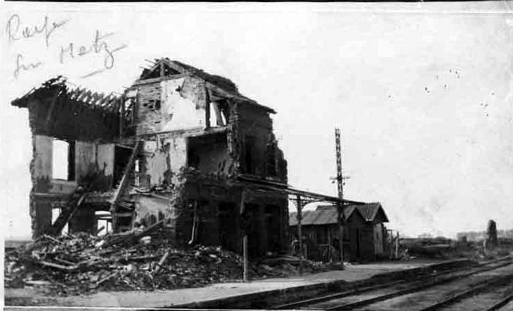 Album - le vilage de Roye-sur-Matz (Oise), son Histoire et la Guerre