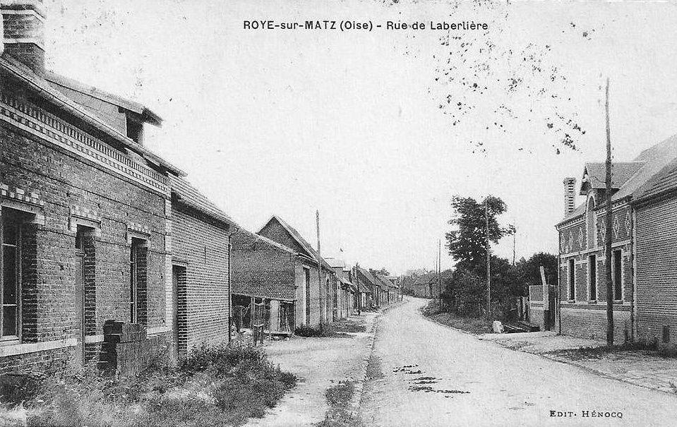 Album - le village de Roye-sur-Matz (Oise), les rues et les places