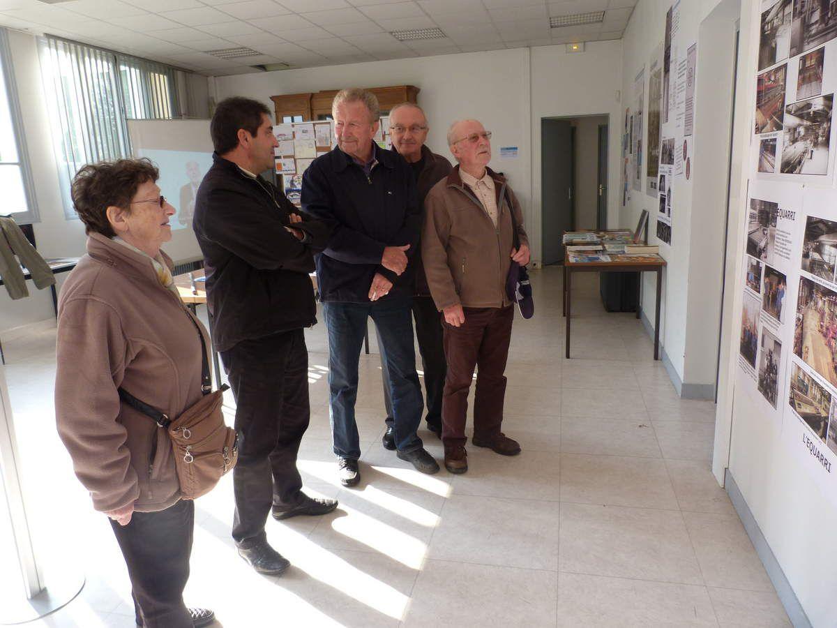 Album - 2015, Saint-Gobain, les visiteurs (02) de l'exposition de la Glacerie de Chantereine du 12 au 17 octobre 2015