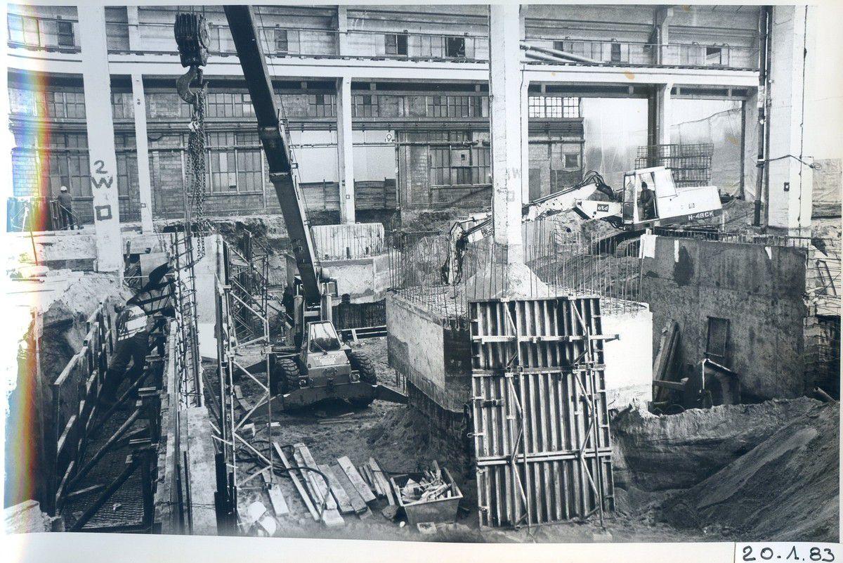 Album - Chantereine - 1982 / 1983, démolitions de bâtiments de la Glacerie, pour installation chaîne 9, four 459