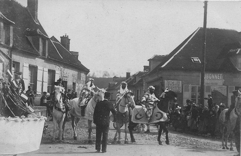 Album - le village de Pierrefonds (Oise), la cavalcade