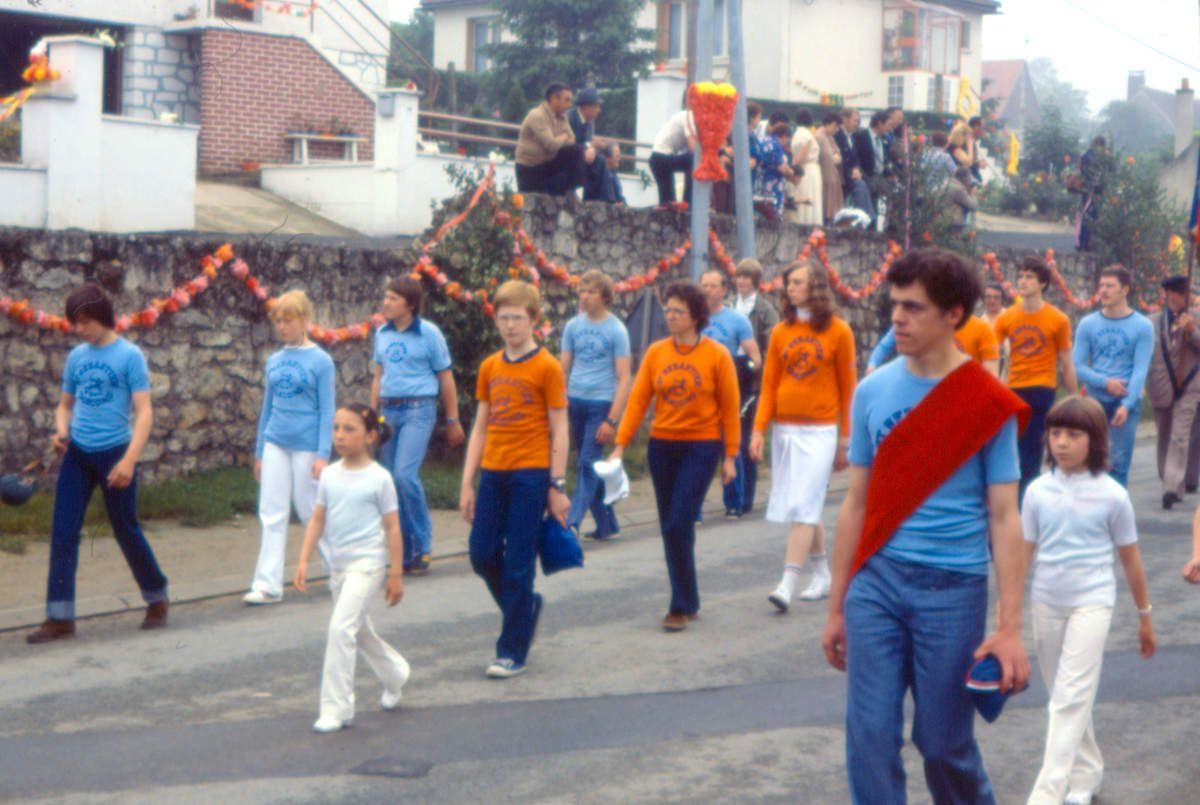 Album - le village de Longueil-Annel (Oise), le bouquet provincial en juin 1979