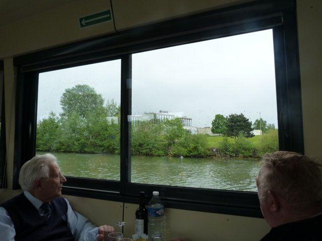 Album - Chantereine, l'Amicale des retraitès de Chantereine,14 mai 2017, sortie tourtistique sur la rivière Oise avec le bateau l'escapade de Longueil Annel