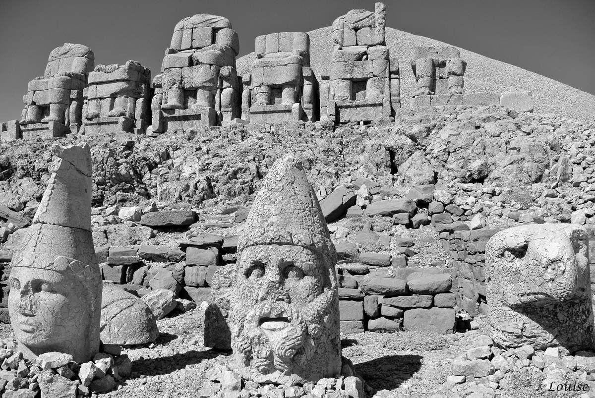 Statues du Nemrut Dagi