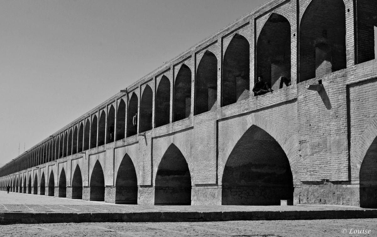 Pont Si-o-se Pol