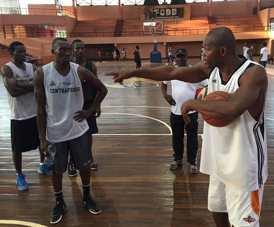 En route pour l'Afrobasket 2015 : un coup d'œil dans la tanière des Fauves