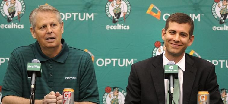 Brad Stevens prolonge à Boston