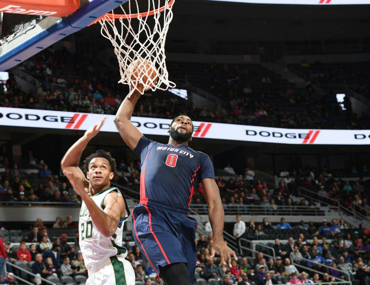 Andre Drummond (20 points et 23 rebonds) guide Detroit face aux Bucks