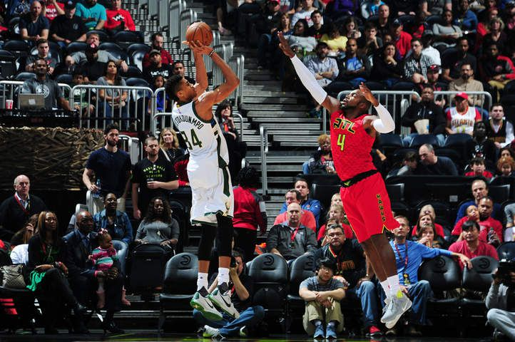 Atlanta s'en sort bien contre Milwaukee de Giannis Antetokounmpo (33 points, 8 rebonds, 6 passes et 3 contres)