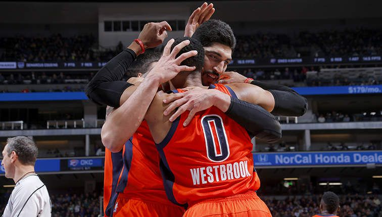 Russell Westbrook (20ème triple-double de la saison) et Ernes Kanter (29 points, 12 rebonds) portent OKC contre les Kings