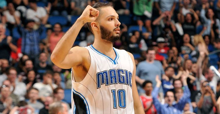 Evan Fournier guide Orlando face aux Suns