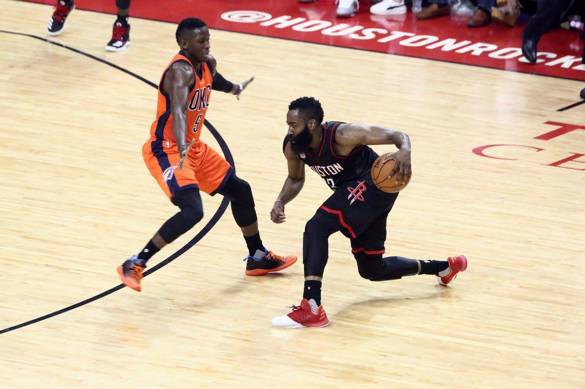 James Harden et Houston n'ont laissé aucune chance au Thunder de Russell Westbrook