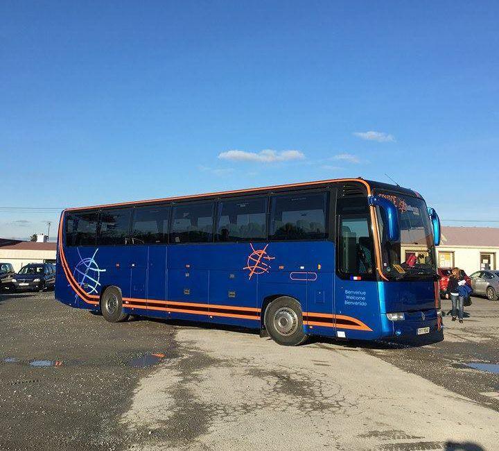 L'équipe nationale Tunisienne avec un nouveau bus tout confort de 52 places