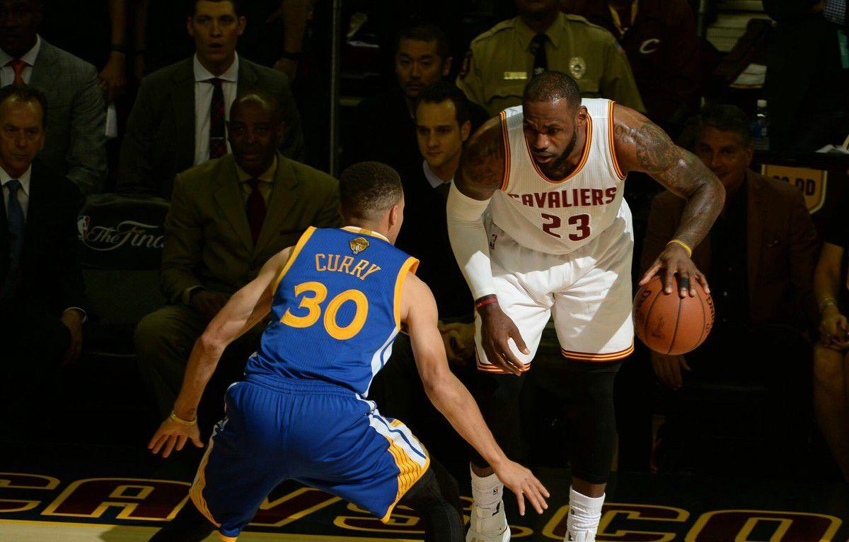 LeBron James : &quot&#x3B; Je vais être honnête, c'est trop stressant de parler des Warriors &quot&#x3B;