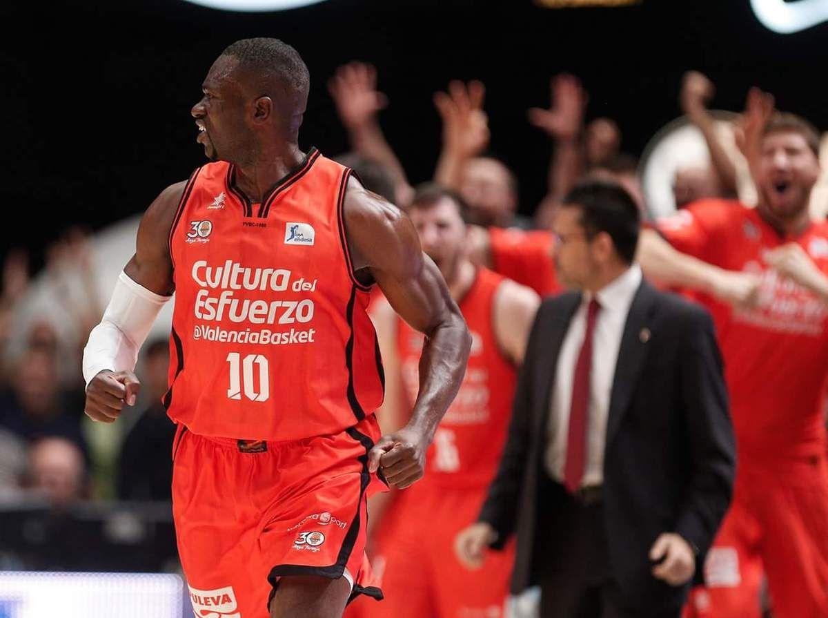 Depuis sa fondation en 1986, c'est à dire depuis 31 ans, Valencia Basket n'a jamais été champion d'Espagne, et Romain Sato également. Ça tombe bien, le centrafricain a l'occasion ultime d'écrire l'histoire du club valencian en cas d'une victoire vendredi soir face au Real Madrid dans le match 4 des Finales de Liga Endesa (ACB)