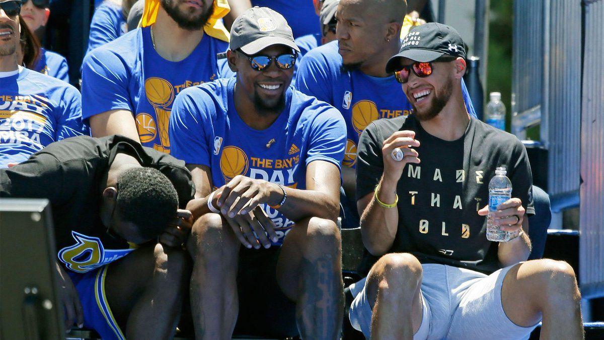 Kevin Durant patientera avant de signer avec les Warriors